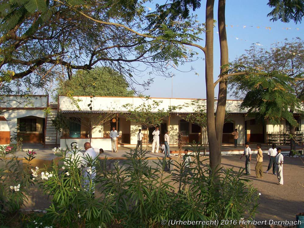 Pathardi_Wohnheim 'Bhakti Niwas' in Pathardi
